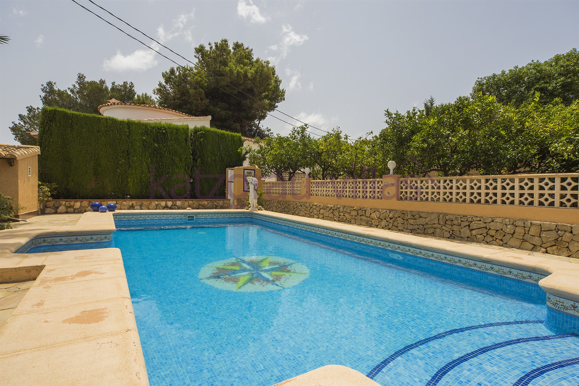 Villa en location de vacances en moraira alicante casa for Prix piscine 9x5