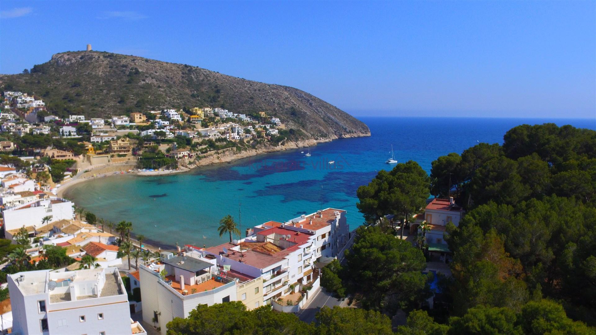 Villa exclusive en location de vacances en moraira for Villa de luxe a louer en espagne