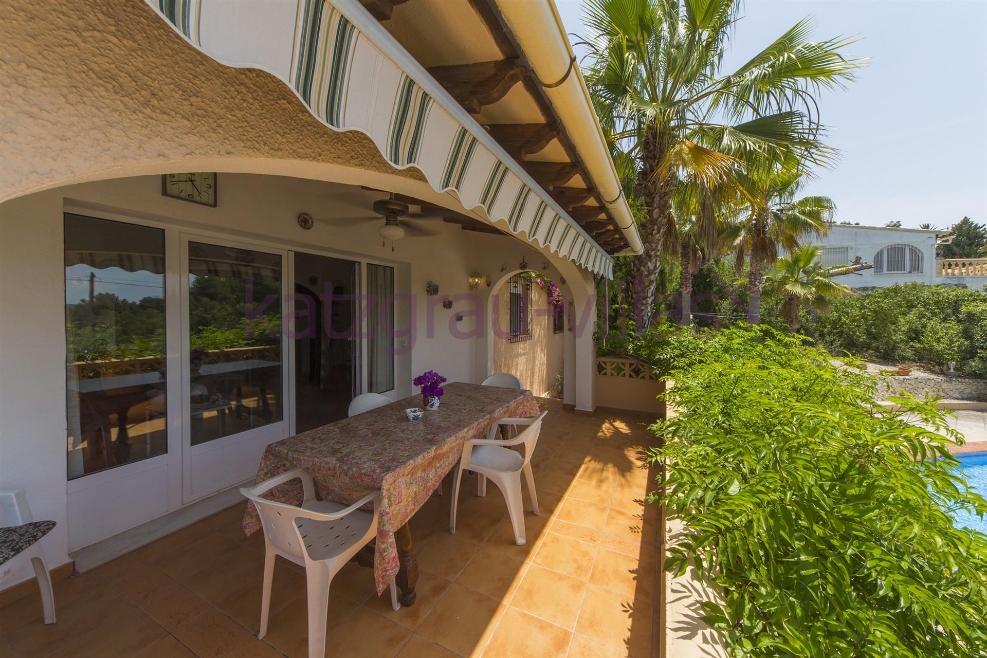 Villa en alquiler en moraira alicante casa tapies - Alquiler apartamentos costa blanca ...